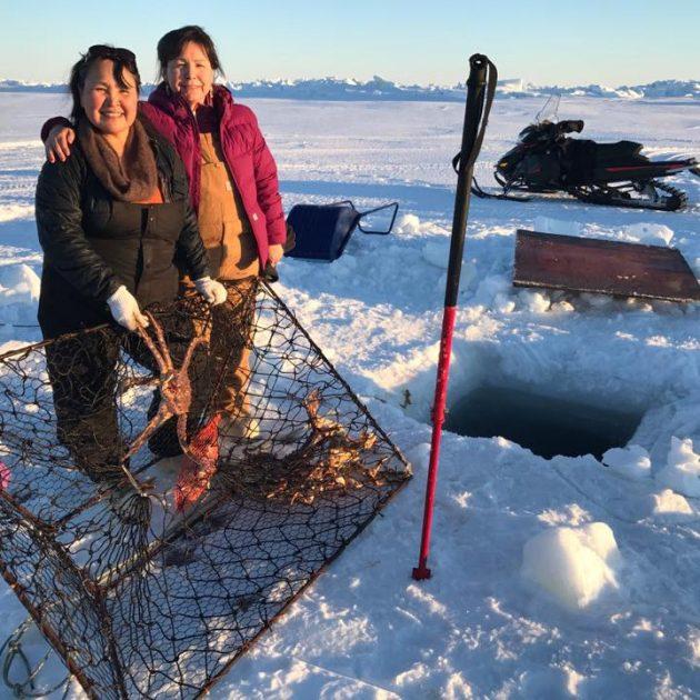 Catching Alaskan King Crabs